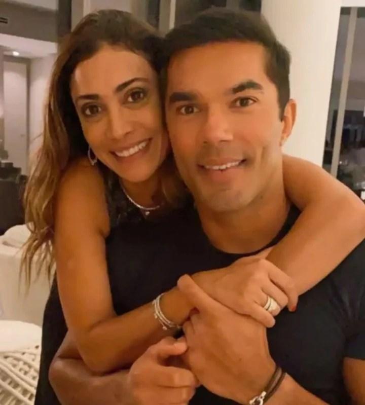 Erick De Moura and his girlfriend, Fernanda Figueiredo, survivors of the collapse in Miami.  Credit: Erick de Moura