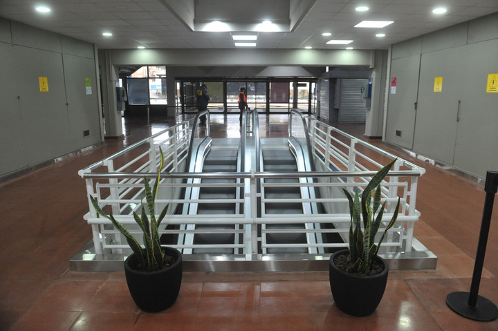 The escalators of the Retiro Bus Terminal were renovated.  Photo Guillermo Rodríguez Adami