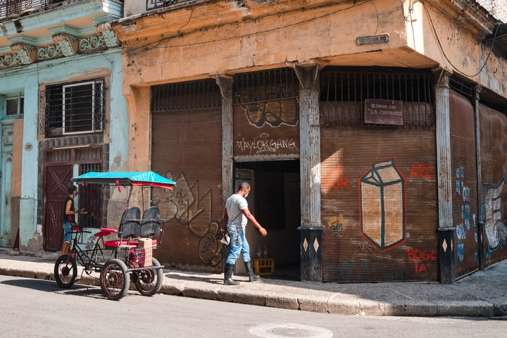 A food outlet in Havana, days ago.  Photo: BLOOMBERG