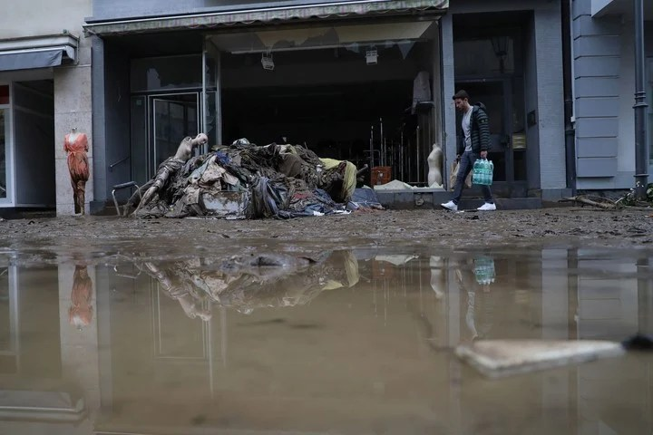 The most dramatic situation is in Bad Neuenahar ahweiler, a canton in ruins.  Photo: EFE