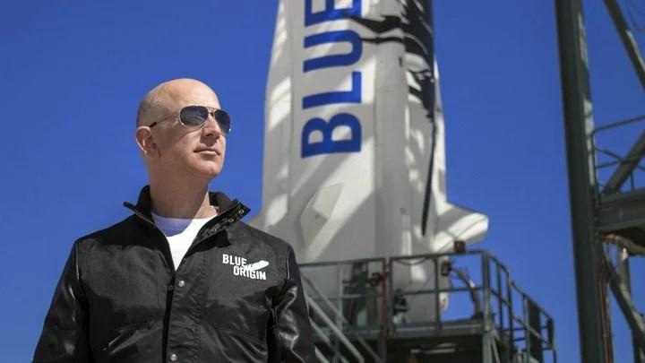 Jeff Bezos, in a critical position.  Photo EFE