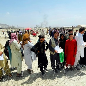Chaos in Afghanistan: Taliban forbid Afghans from going to airport, claim no extension for evacuation