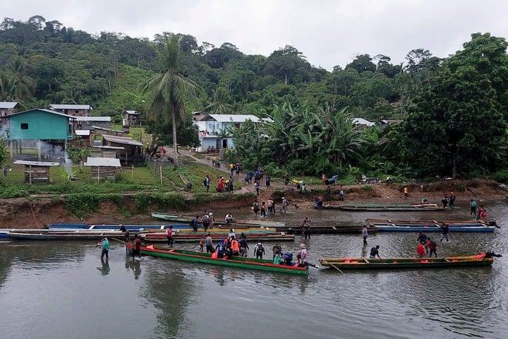 The journey through the Darien jungle is dangerous, but entire families take risks to find a better destination.  Photo: AFP