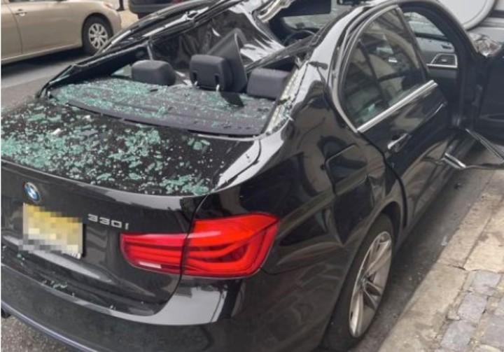 El BMW le salvó la vida a un hombre que cayó de un piso 9.