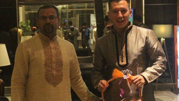 Gustavo Oberman cuenta su experiencia como futbolista en la India.