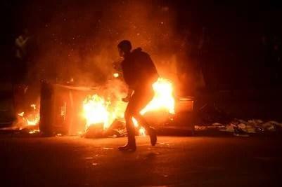 Oakland, frente a San Francisco, arde: protestas contra Trump | AP