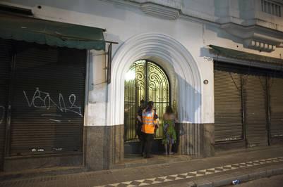 Un cuerpo apareció en una valija dentro de un placard en un departamento de Monserrat. Sería el de Nicolás Silva.