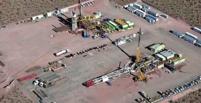Resultado de imagen para imagenes de los pozos petroleros de vaca muerta