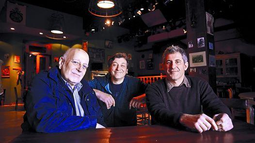 ENCUENTRO. Edgardo Cozarinsky, Marcelo Lombardero y Pablo Mainetti.