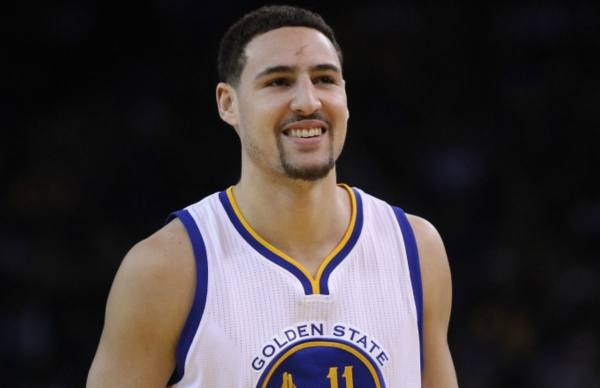 Klay Thompson Says He's Willing to Take a Pay Cut to Stay ...
