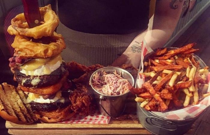quadruple-bypass-burger-challenge-pattersons