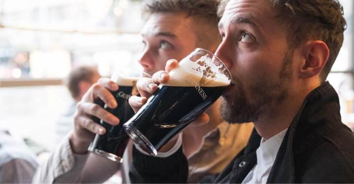 free-nicholsons-pub-drink