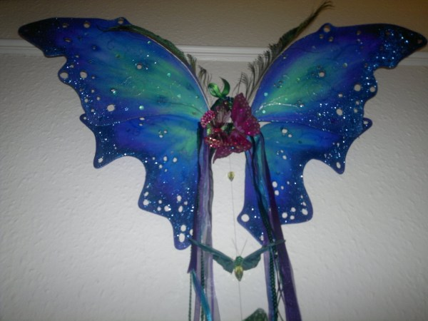 Aurora Borealis Wings · How To Make A Wing · Art, Spray ...