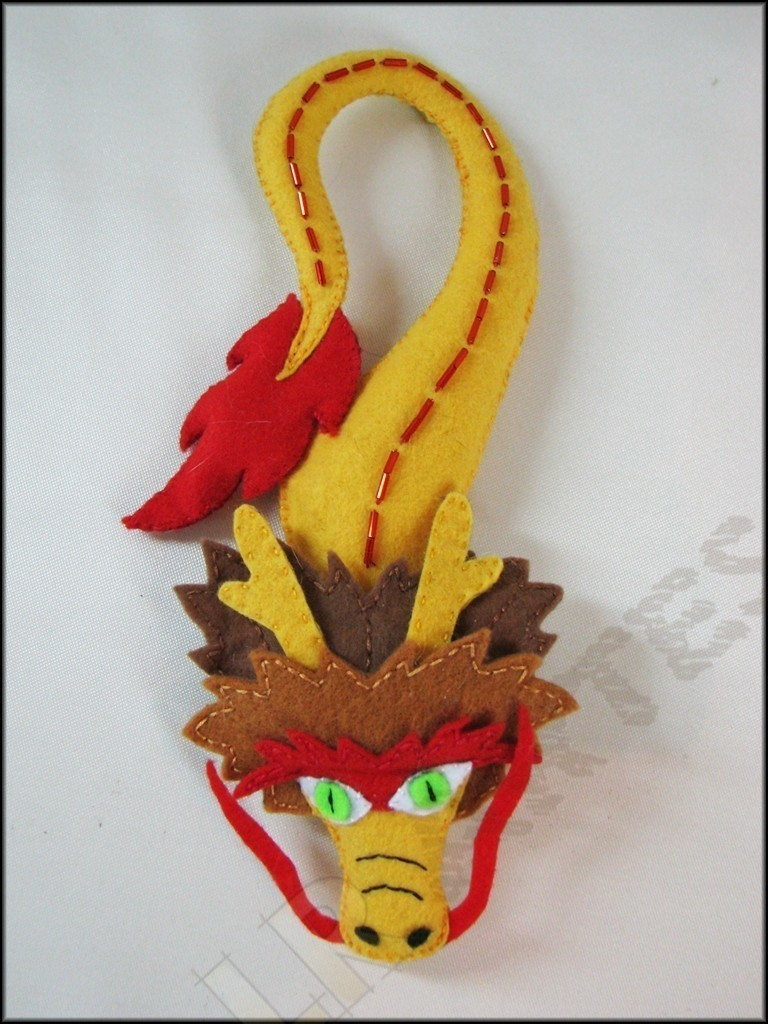 Chinese Dragon Door Hanger A Door Hanger Embroidery Sewing And Dressmaking On Cut Out Keep
