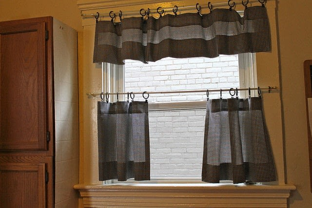 Cafe Curtains How To Make A CurtainBlinds Sewing On