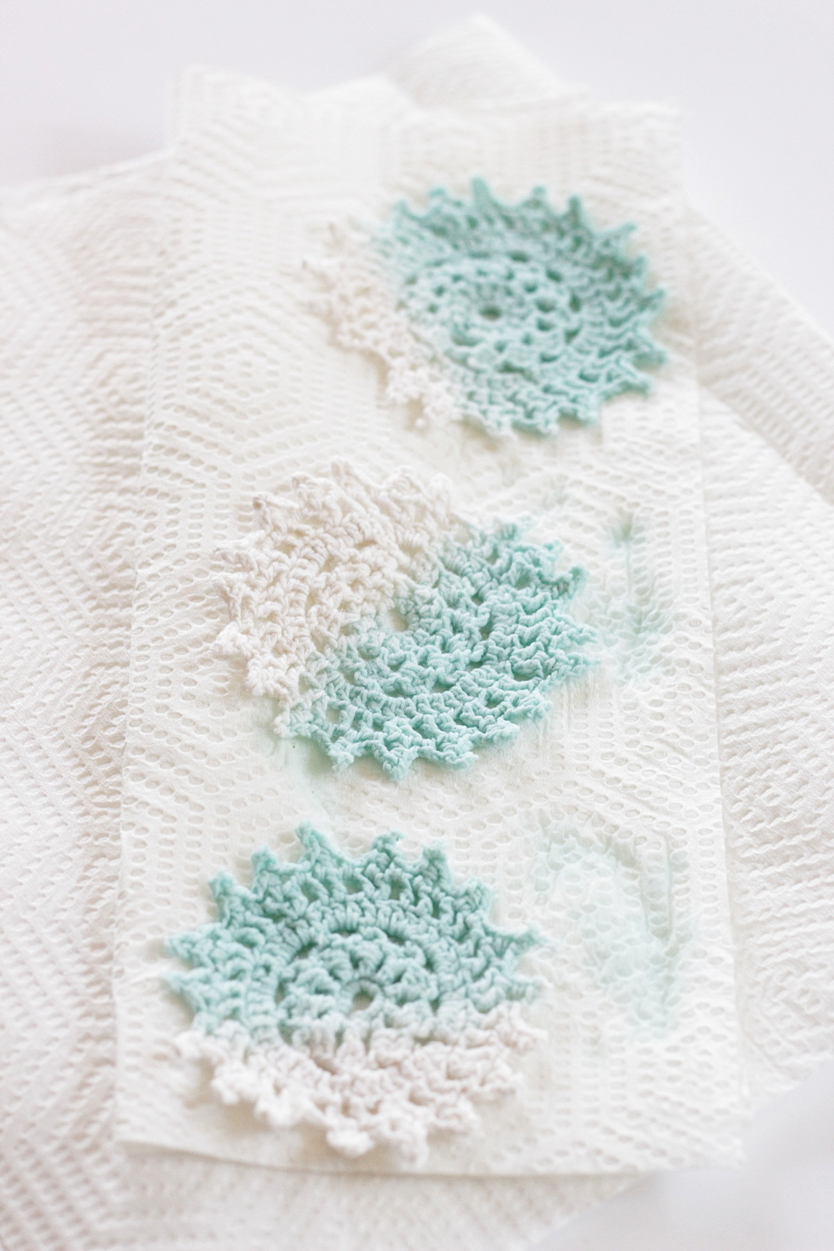 Easy Dip Dyed Doilies How To Make A Doily Home DIY