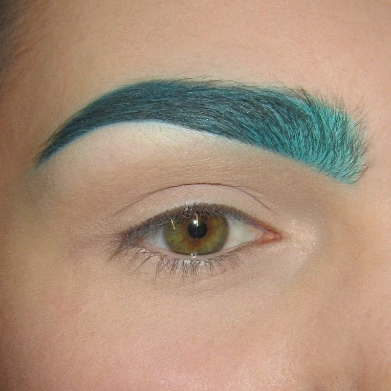 TurquoiseTeal Colored Brows How To Makeover An Eyebrow