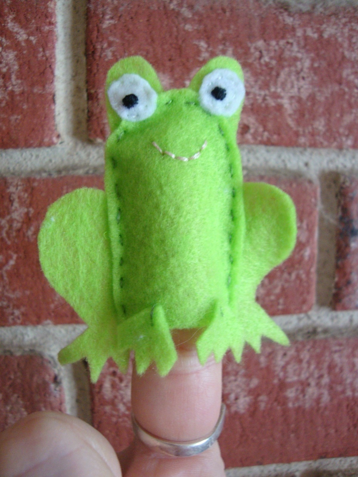 Frog Finger Puppet A Reptile Plushie Sewing On Cut Out