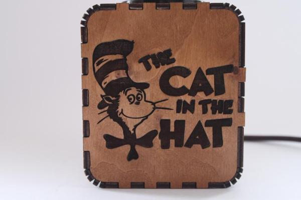 """Светильник-ночник с индивидуальной гравировкой """"The Cat in ..."""