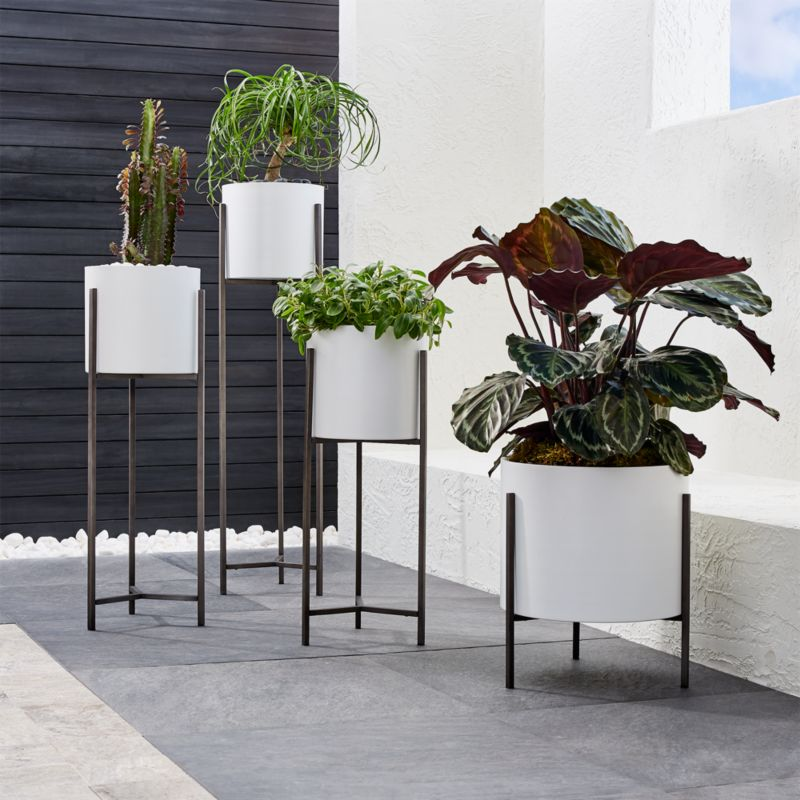 Dundee White Floor Planters Crate And Barrel