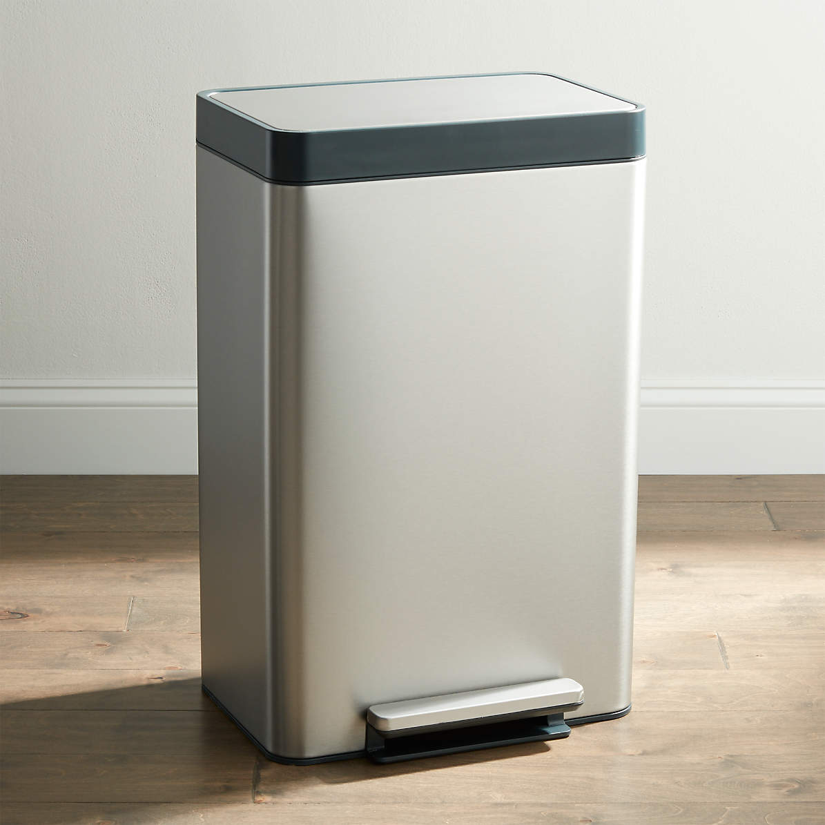 Kohler Stainless Steel 13 Gallon Step Trash Can Reviews Crate And Barrel Canada