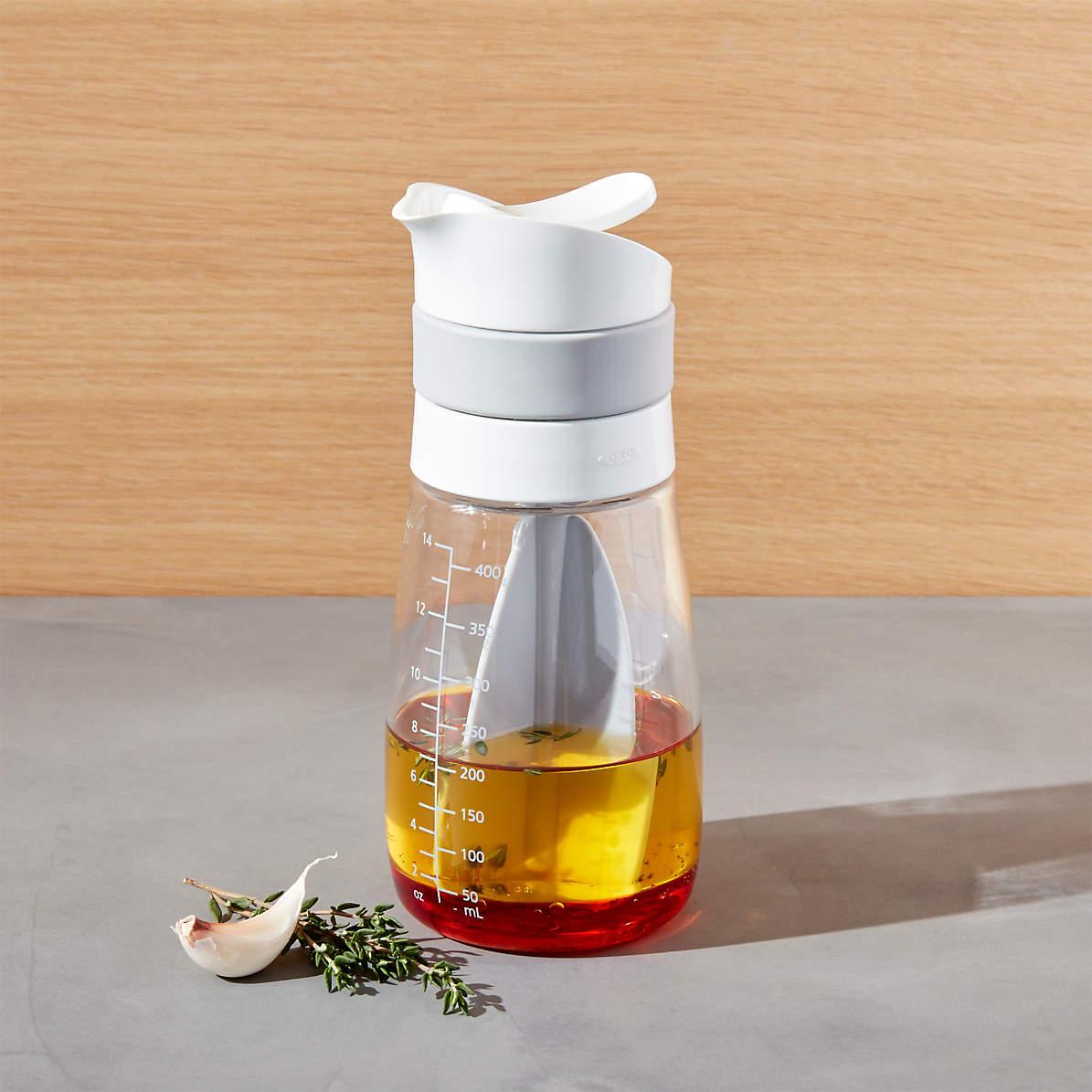 oxo twist pour salad dressing mixer