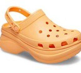 Women's Crocs Classic Bae Clog - Väri: Verkkomeloni