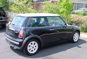 20022006 MINI Cooper Hatchback Car Audio Profile