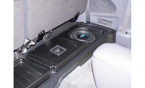 Dakota 2001 Box Subwoofer Dodge