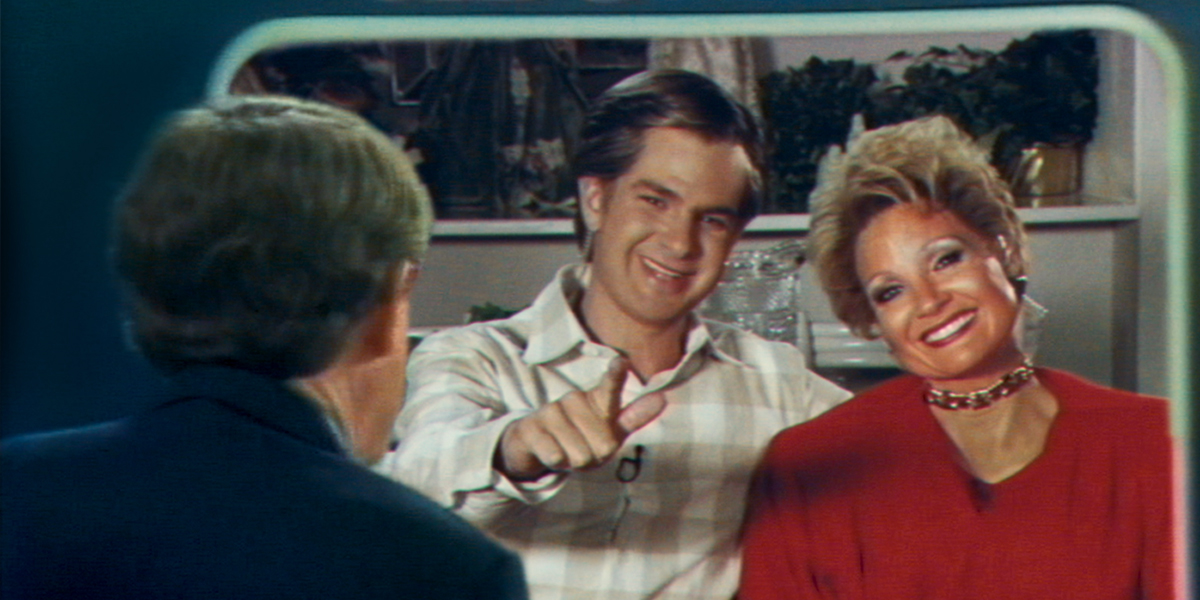 The Eyes of Tammy Faye Review - Full Circle Cinema