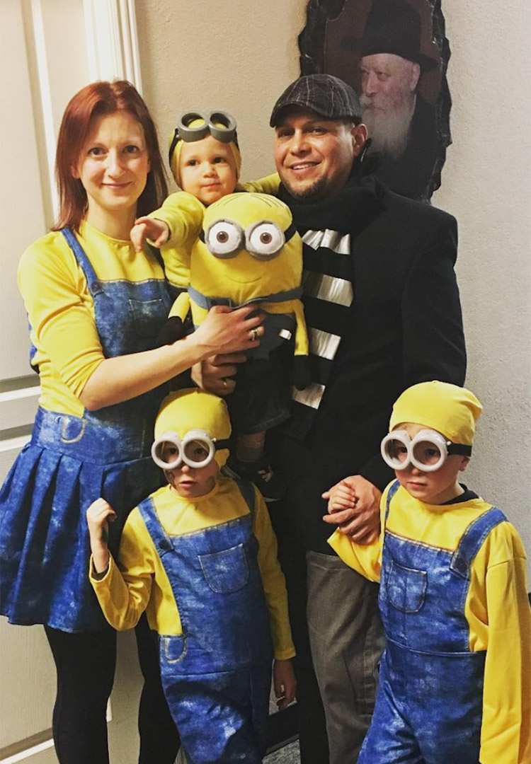 family halloween costumes for 5 | cartooncreative.co