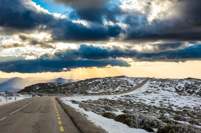 Stock image - Snowy mountains of Serra da Estrela, Portugal - Photo by Renato Cerqueira on Unsplash