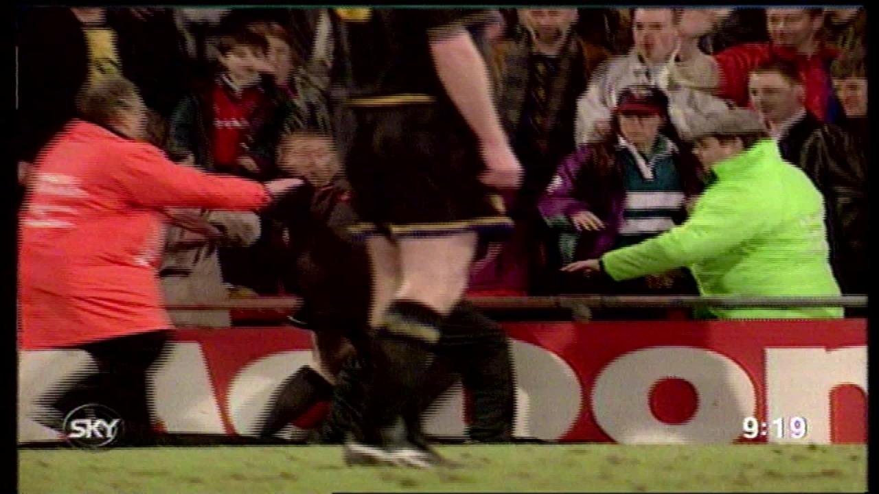 """""""i was on that side of the pitch when he got sent off,"""" salako told itv news. Through Their Eyes Eric Cantona S Kung Fu Kick 25 Years On Itv News"""