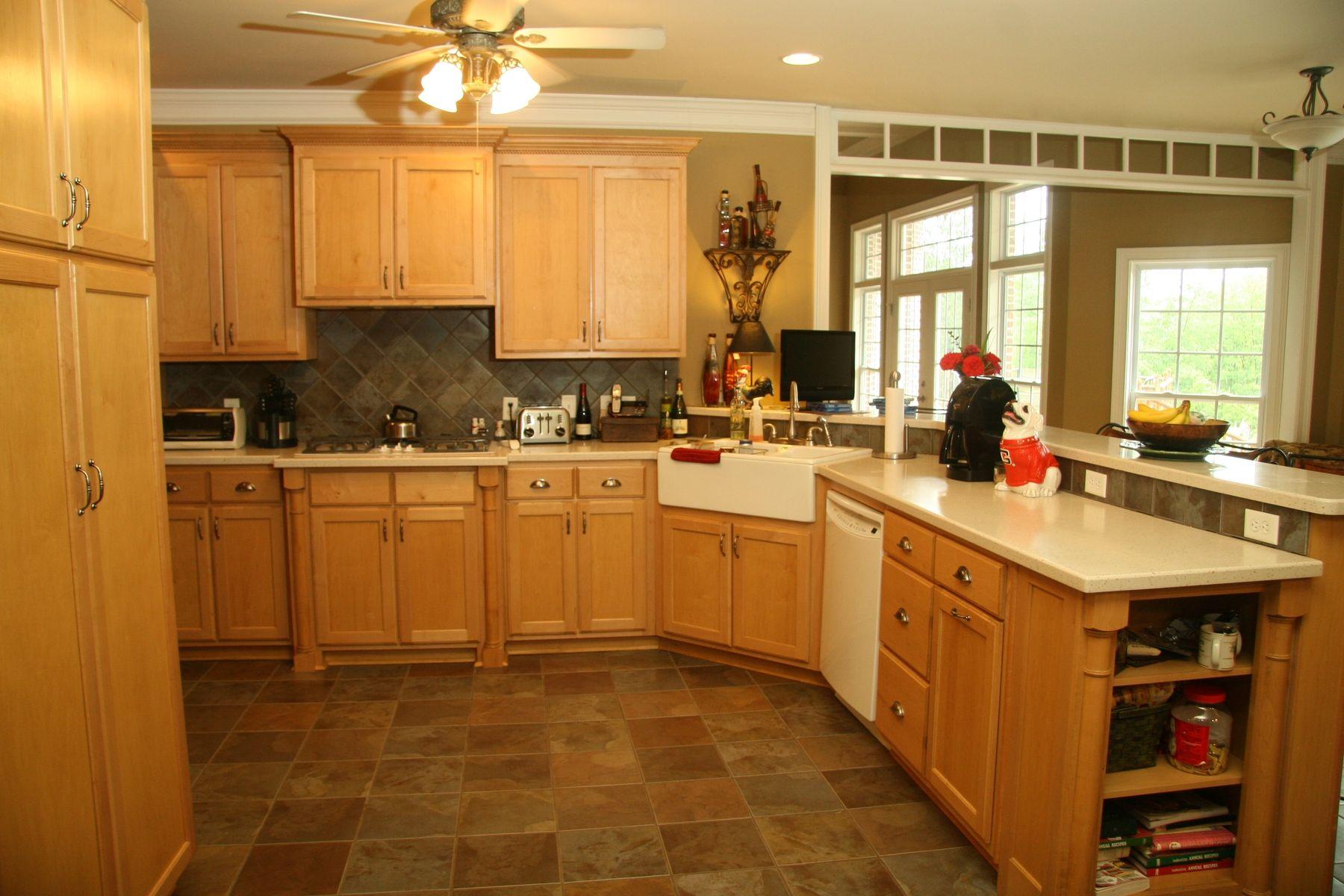 Handmade Maple Kitchen by Oak Creek Cabinets   CustomMade.com on Maple Cabinets Kitchen  id=20797