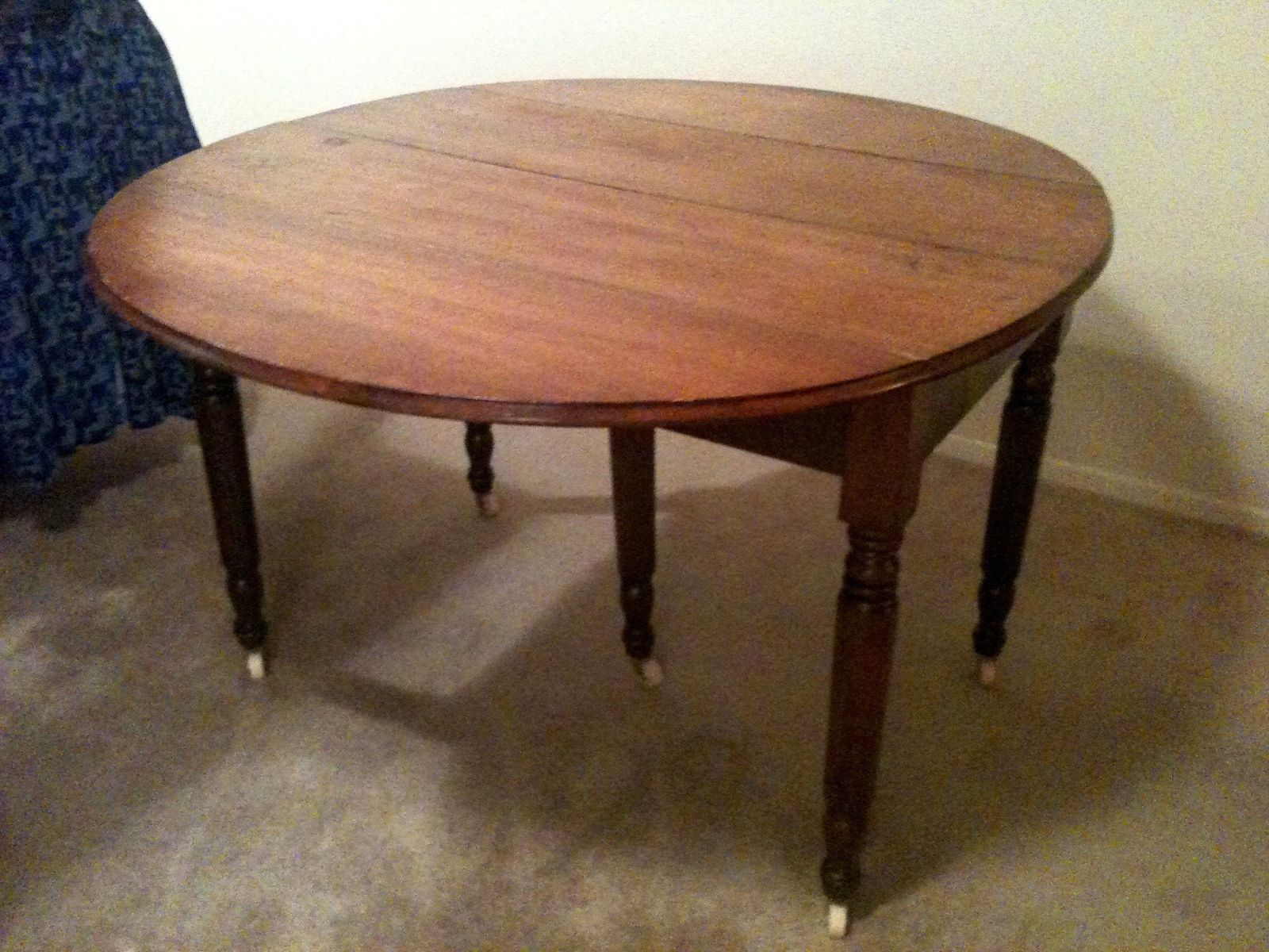 Black Oval Dining Table With Leaf