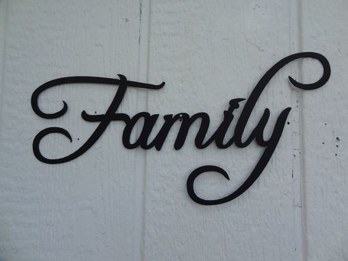 Hand Made Family Word Decorative Metal Wall Art Home Decor