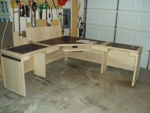 Handmade Large Computer Desk By Tom S Handcrafted Furniture Custommade Com