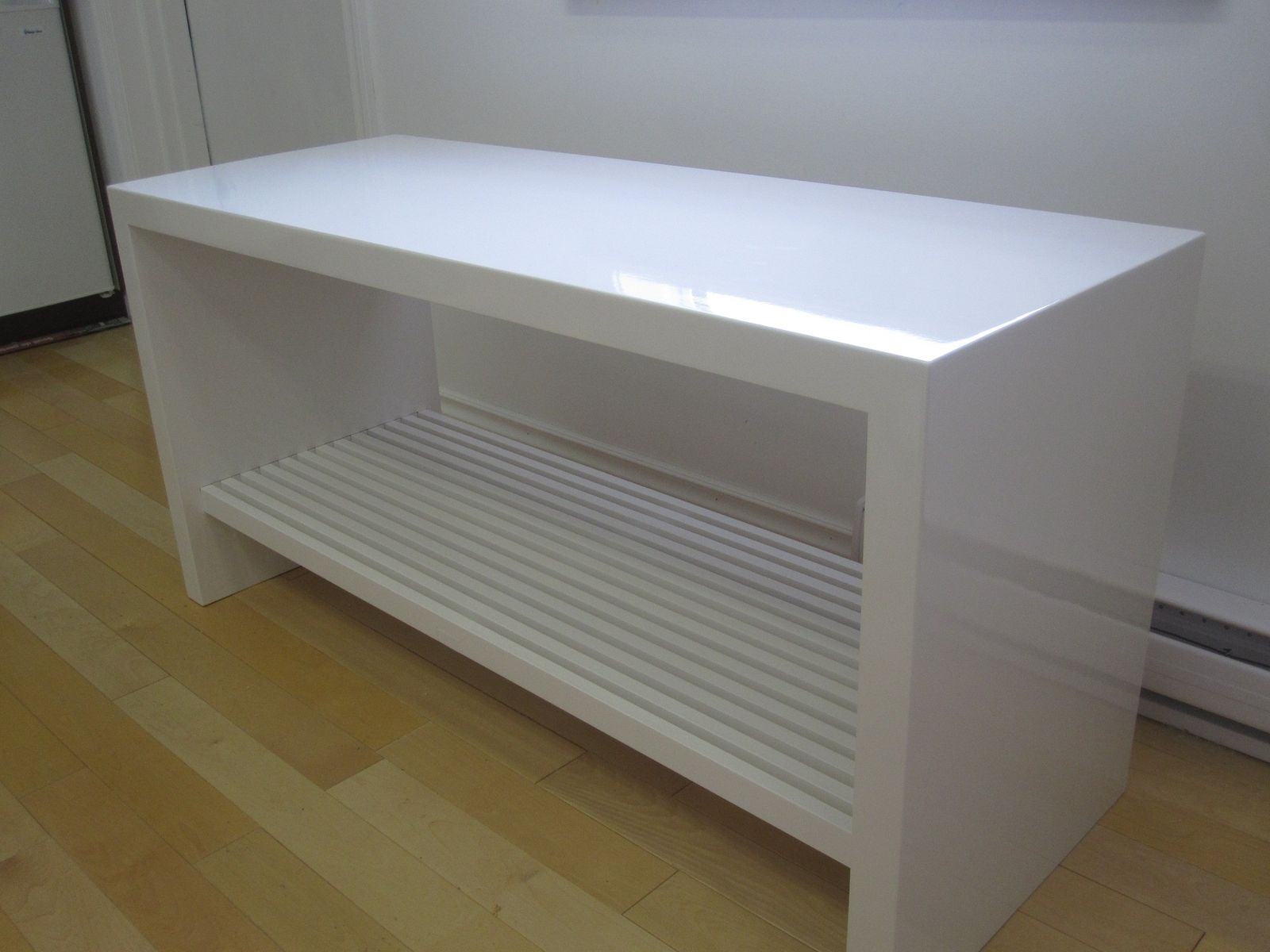 Hand Crafted High Gloss Slat Bench By Riley S Custom
