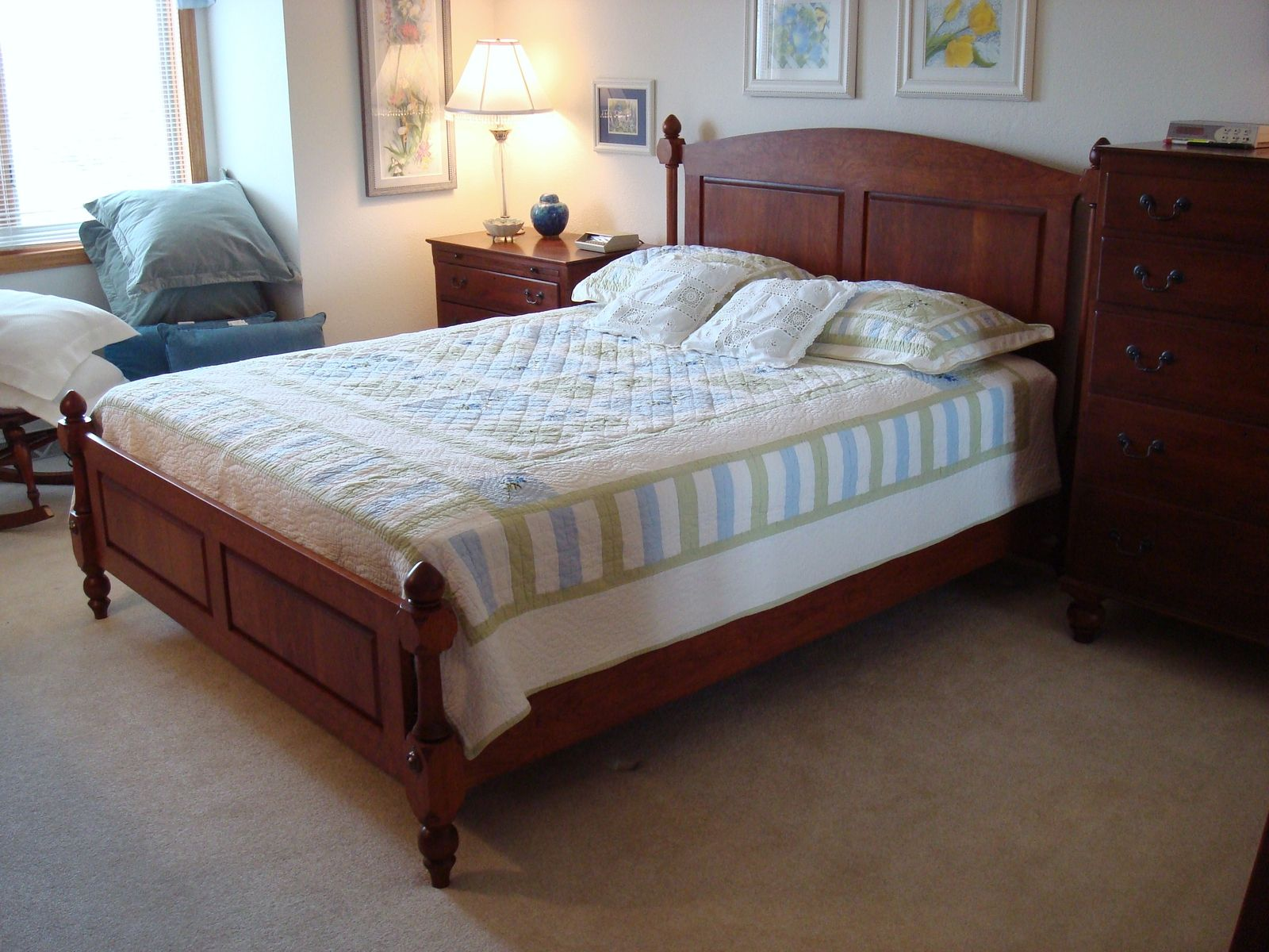 cherry four post spindle bed