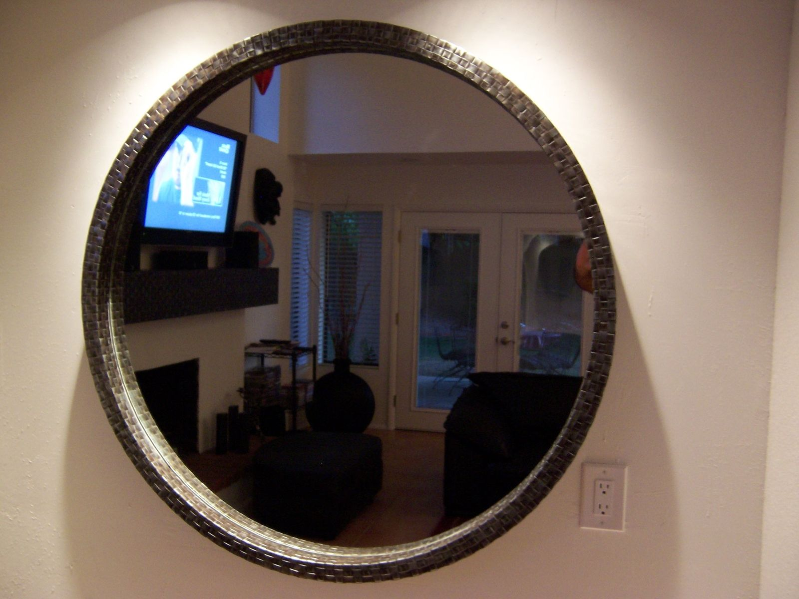 Hand Made Round Metal Hand Weaved Mirror Box Style By