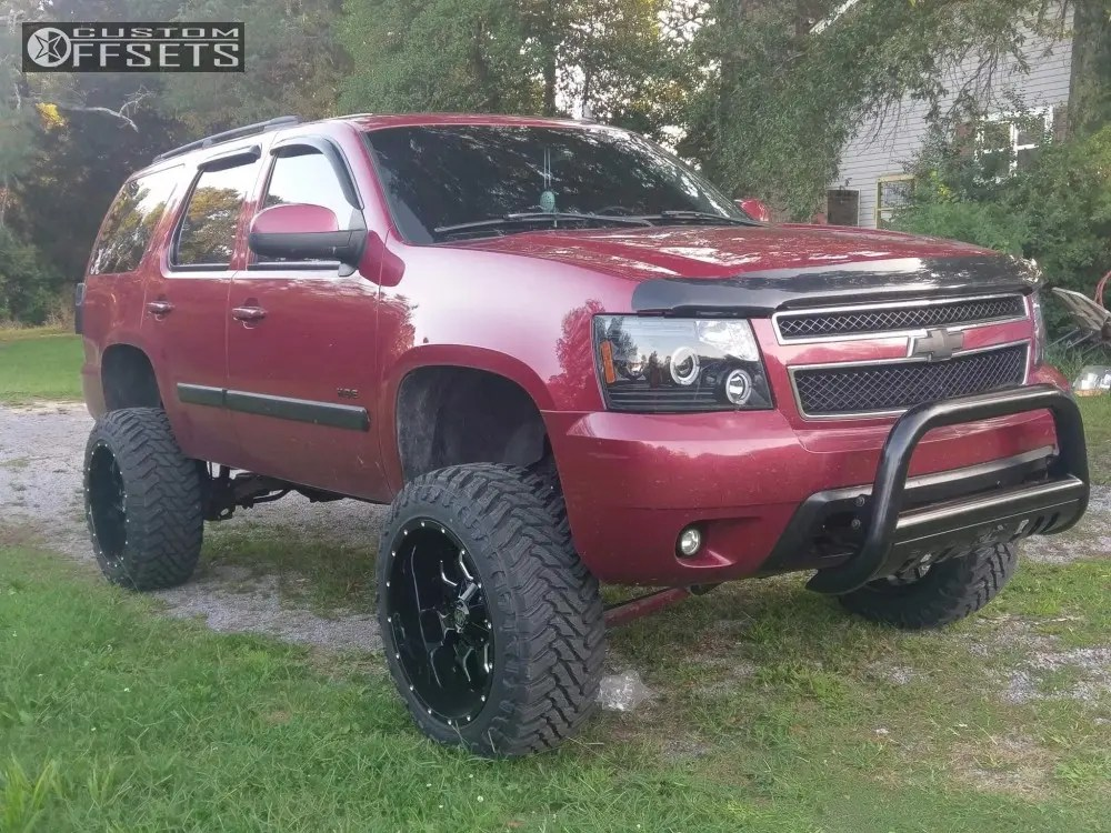 Lifted 2007 Chevy Tahoe 35 Tires