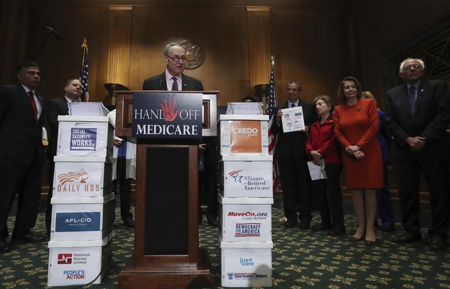 "Hasil gambar untuk ""Medicare for All"" would end private insurance:Sen. Chuck Schumer"