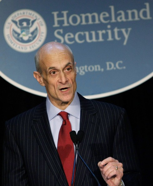 Chertoff_Speaks_State_Homeland_Security_-gQrWWx76xOl_1_.jpg