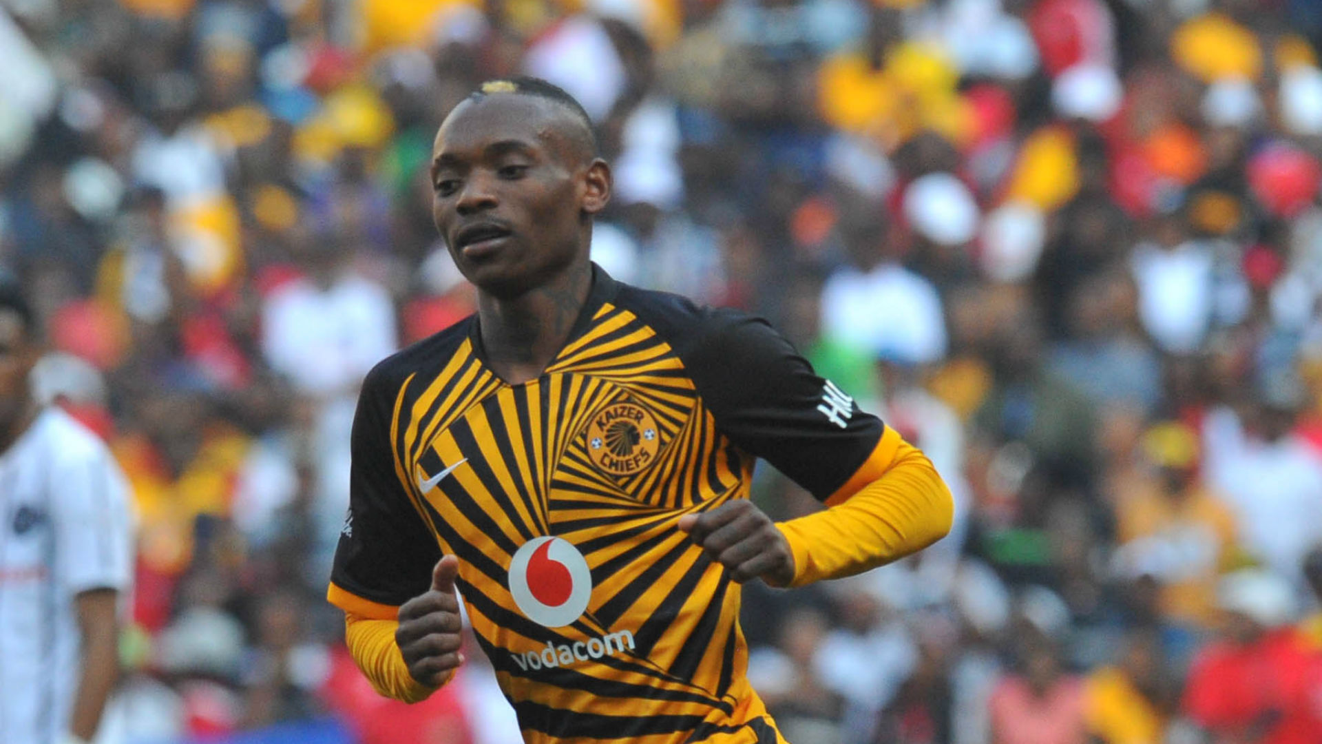 Billiat explains why Kaizer Chiefs coach Hunt has been 'on his case'