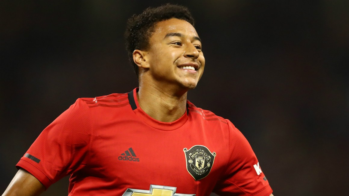 Fernandes defends Lingard from critics after seeing Man Utd team ...