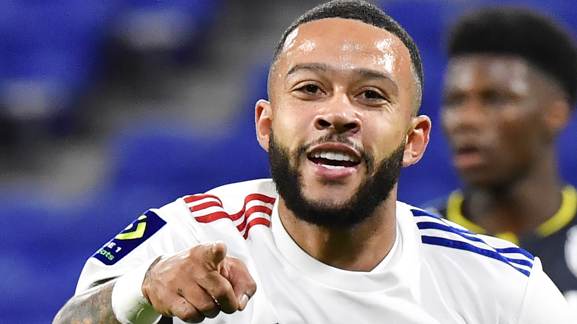Barcelona-linked Depay: I might stay at Lyon until the end of the season