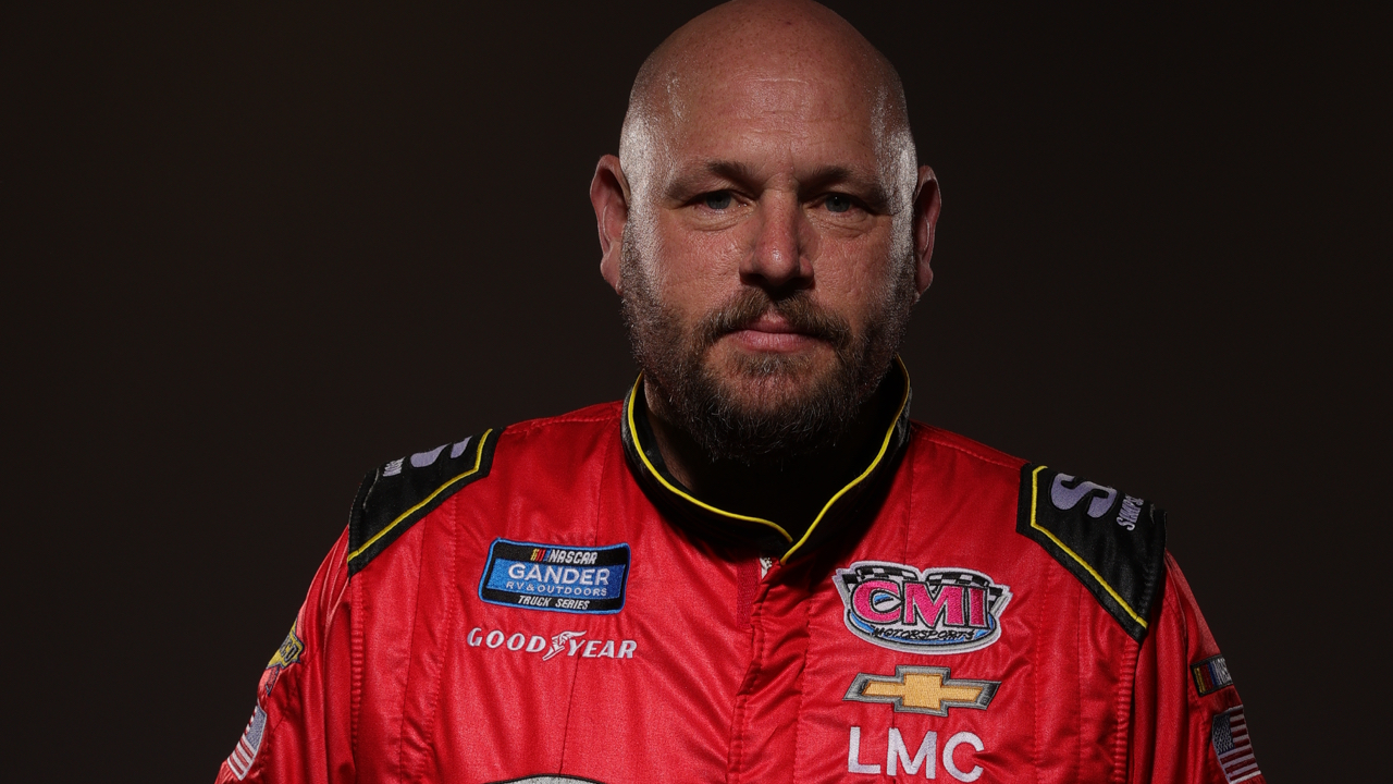 Photo of NASCAR driver quits after Confederate flag ban: 'All you are doing is f—ing one group'