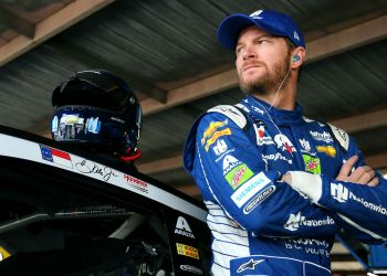 Dale Earnhardt Jr. trying to 'recover from' fear of flying after 2019 plane crash