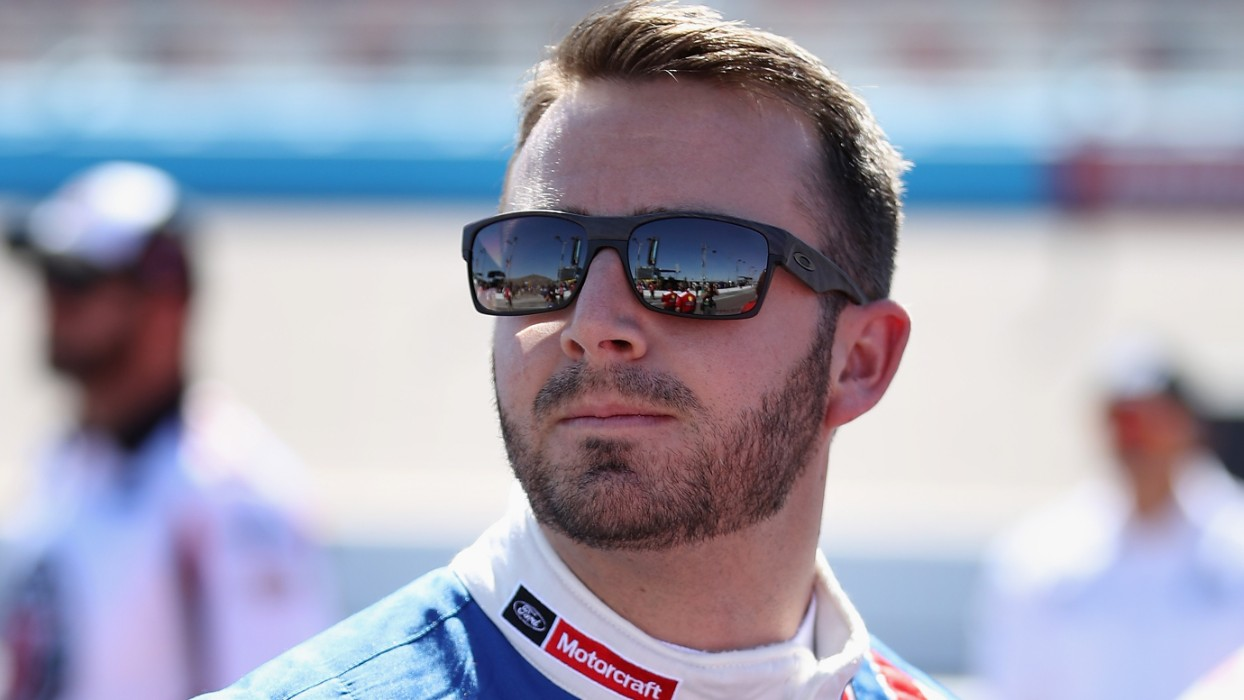 What's it like to drive in a NASCAR race with no fans and social distancing rules?