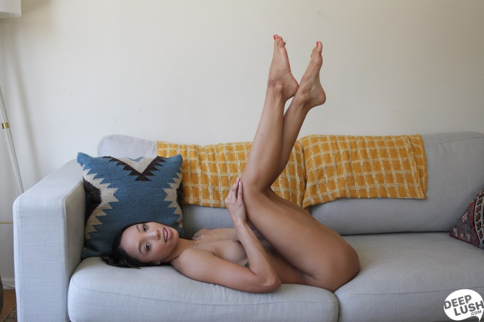 deeplush.com - Alexis Tae: Natural Bliss